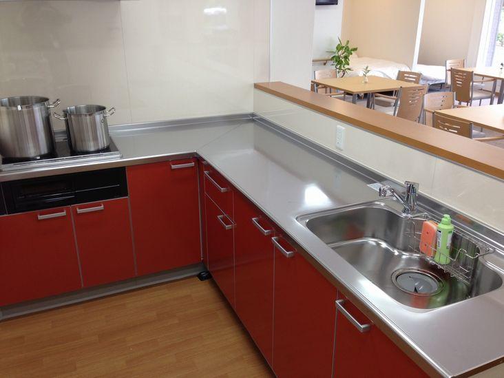 <清潔なキッチン>
