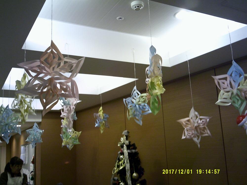 天井には雪の結晶が(^。^)